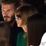 sfilata Victoria Beckham David Harper Beckham Anna Wintour maglia gonna Prada 3