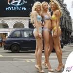 Londra Piccadilly Circus lingerie Heidi Klum Intimates 3