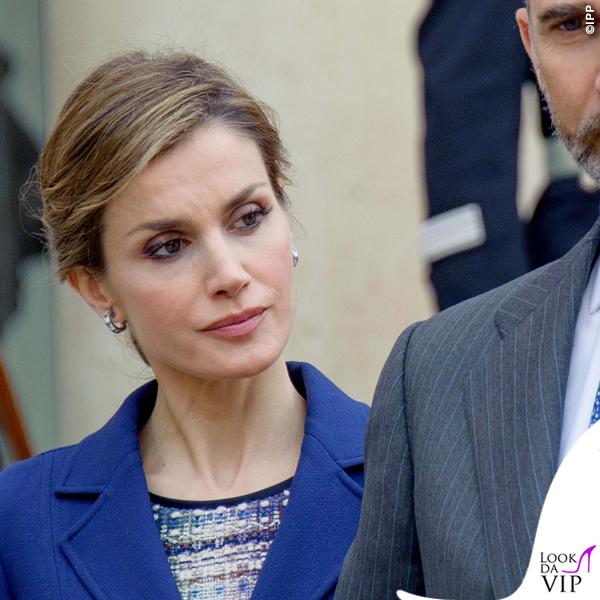 Regina di Spagna Letizia Ortiz visita Francia abito clutch Felipe Varela scarpe Magrit 3