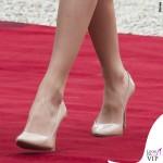 Regina di Spagna Letizia Ortiz visita Francia abito clutch Felipe Varela scarpe Magrit 7