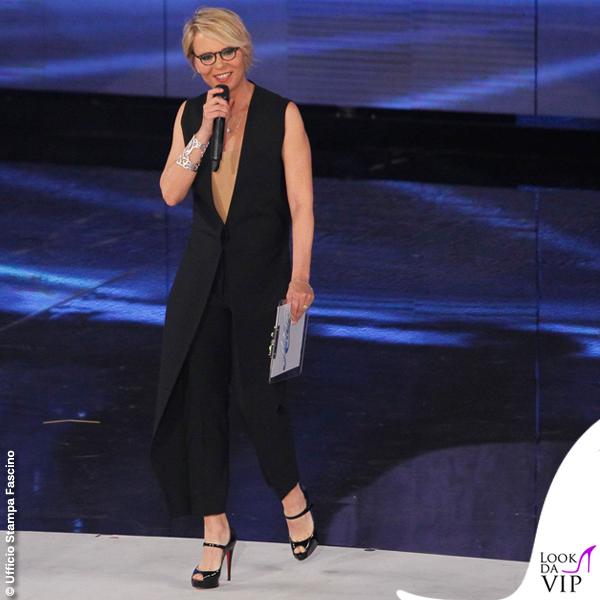 Maria De Filippi Amici prima puntata tuta Maison Margiela scarpe Christian Louboutin