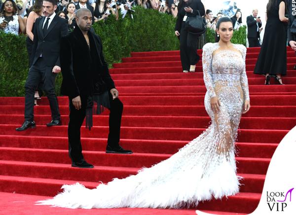 Kim Kardashian Met Gala 2015 abito Roberto Cavalli 12