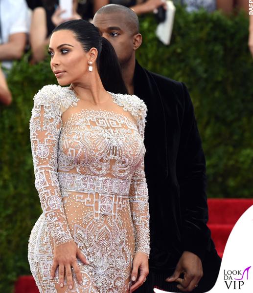 Kim Kardashian Met Gala 2015 abito Roberto Cavalli 6