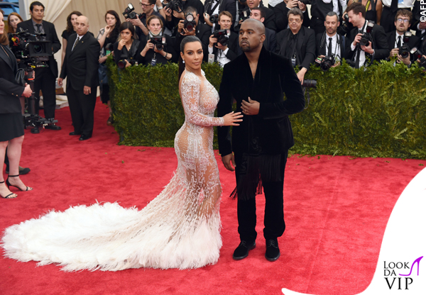 Kim Kardashian Met Gala 2015 abito Roberto Cavalli 8