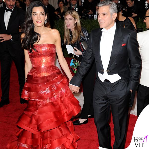 Met Gala 2015 Amal Alamuddin abito Martin Margiela by John Galliano George Clooney total Armani 3