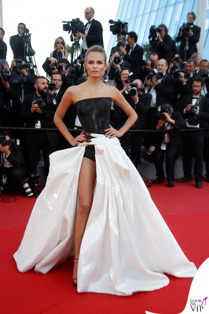 Natasha Poly Cannes 2015 abito Atelier Versace 2