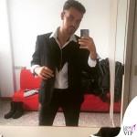Valerio Scanu Grand Hotel Chiambretti abiti Byblos backstage