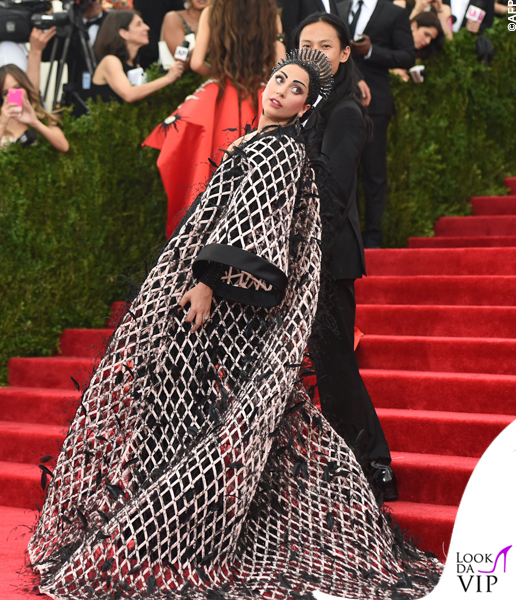 met gala Jennifer Lopez Beyoncé Sofia Vergara Selena Gomez Rihanna Lady Gaga Miley Cyrus (108)
