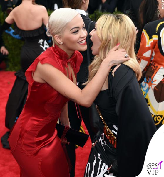 met gala Jennifer Lopez Beyoncé Sofia Vergara Selena Gomez Rihanna Lady Gaga Miley Cyrus (111)