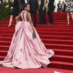 met gala Jennifer Lopez Beyoncé Sofia Vergara Selena Gomez Rihanna Lady Gaga Miley Cyrus (114)