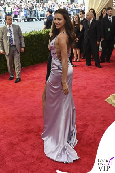 met gala Jennifer Lopez Beyoncé Sofia Vergara Selena Gomez Rihanna Lady Gaga Miley Cyrus (13)