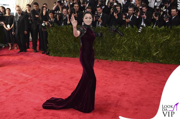 met gala Jennifer Lopez Beyoncé Sofia Vergara Selena Gomez Rihanna Lady Gaga Miley Cyrus (148)