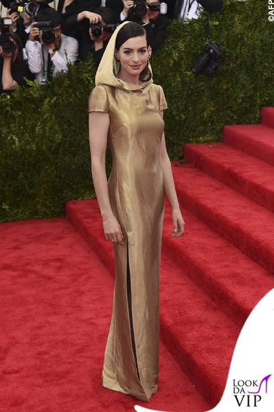 met gala Jennifer Lopez Beyoncé Sofia Vergara Selena Gomez Rihanna Lady Gaga Miley Cyrus (38)