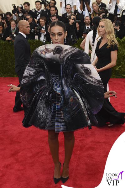 met gala Jennifer Lopez Beyoncé Sofia Vergara Selena Gomez Rihanna Lady Gaga Miley Cyrus (62)