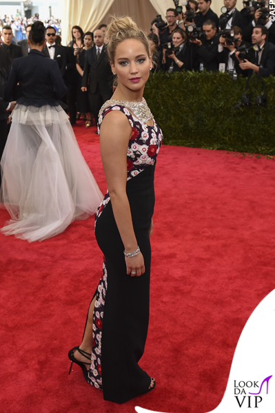 met gala Jennifer Lopez Beyoncé Sofia Vergara Selena Gomez Rihanna Lady Gaga Miley Cyrus (9)