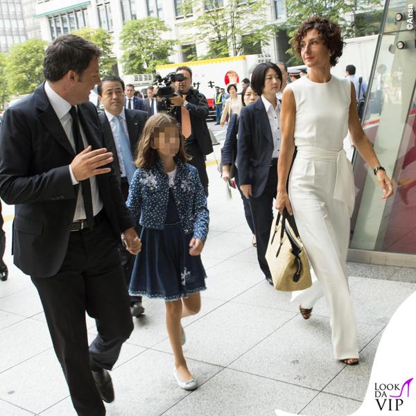 Agnese Renzi Giappone tuta borsa Ermanno Scervino