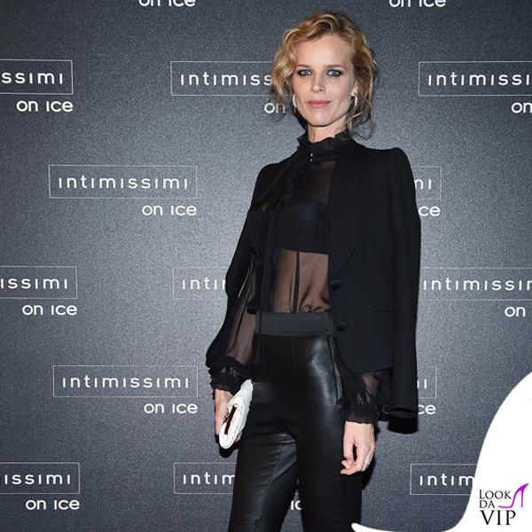 Intimissimi On Ice Eva Herzigova total Dolce & Gabbana