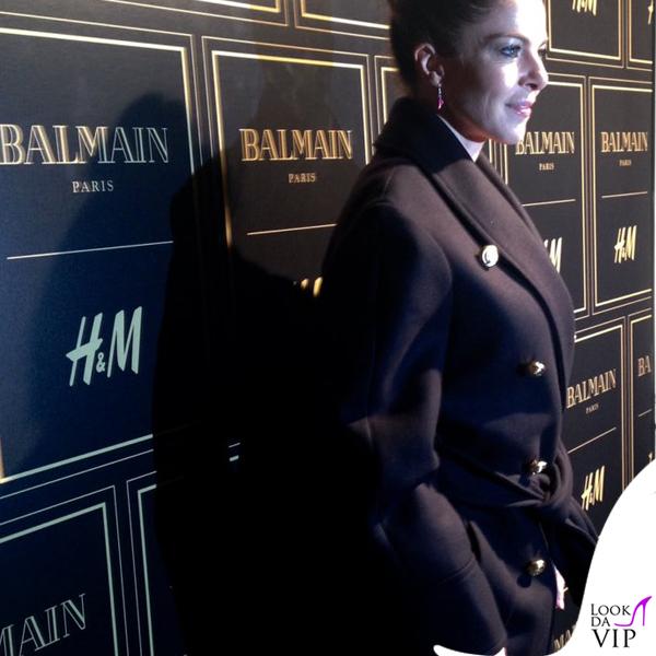 Claudia Gerini cappotto Balmain per H&M