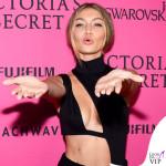 Gigi Hadid body House of CB gonna Sally LaPointe sandali Tamara Mellon 2