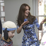 Kate Middleton The Charities Forum abito Tabitha Webb scarpe Jimmy Choo orologio Cartier 3