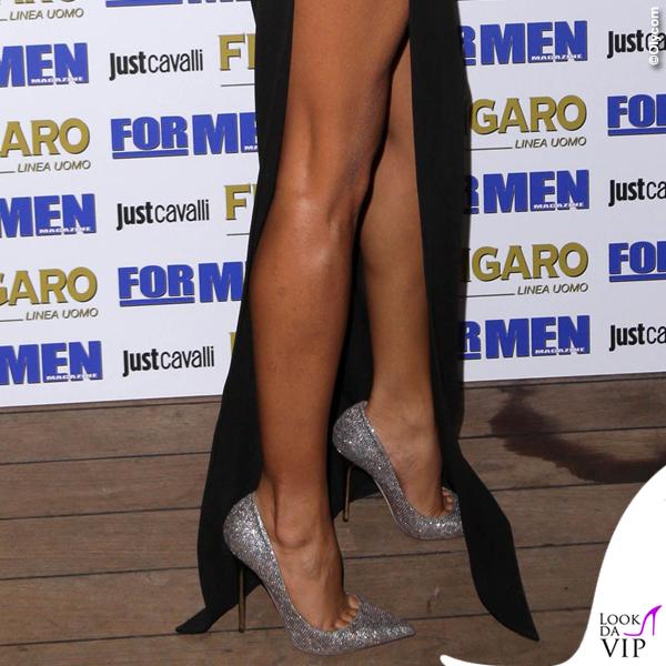 Mariana Rodriguez presentazione calendario ForMen abito Versace 4