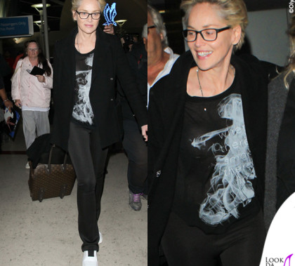 Sharon Stone tshirt Haute Hippie sneakers Pierre Hardy borsa Gucci valigia Louis Vuitton