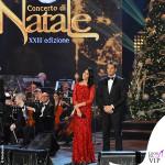 Concerto di Natale Canale 5 Silvia Toffanin abito Diane Von Fustemberg Alvin 2