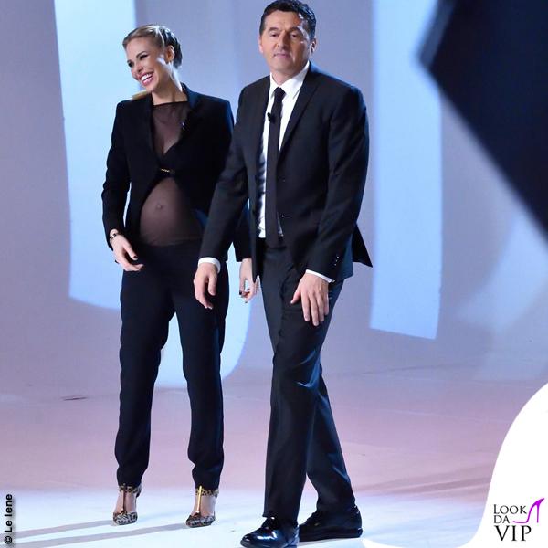 Ilary Blasi ultima puntata Le Iene giacca Federica Pittaluga pantaloni Francesco P Salerno scarpe Brian Atwood 5