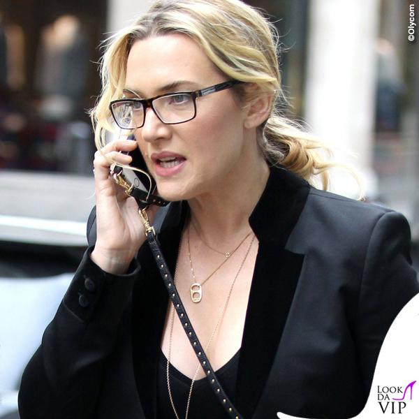 Kate Winslet giacca The Kooples stivaletti Isabel Marant borsa Christian Dior 3
