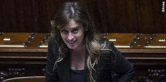Maria Elena Boschi borsa Fendi Peekaboo 5