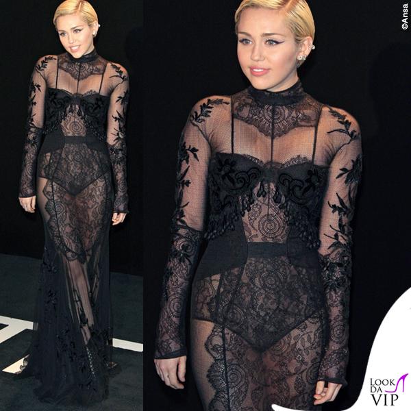 Miley Cyrus sfilata Tom Ford abito Tom Ford