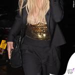 Rita Ora gioielli Jacquie Aiche borsa Stella McCartney 4