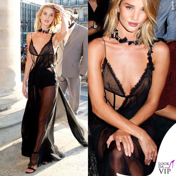 Rosie Huntington Whiteley PFW abito Atelier Versace