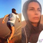 Martina Colombari, sprint sulle dune di Dubai