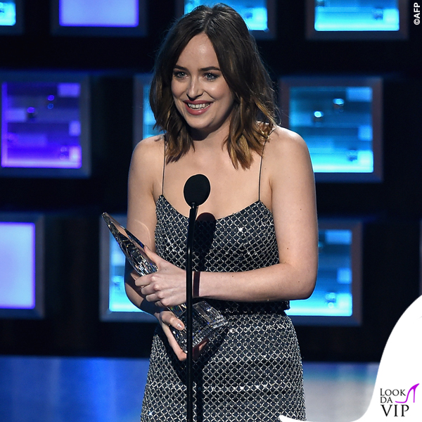 People's Choice Awards Dakota Johnson abito Armani Privé