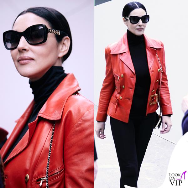 Monica Bellucci giacca occhiali clutch Chanel
