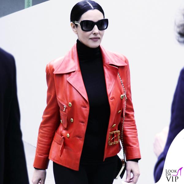 Monica Bellucci giacca occhiali clutch Chanel 2