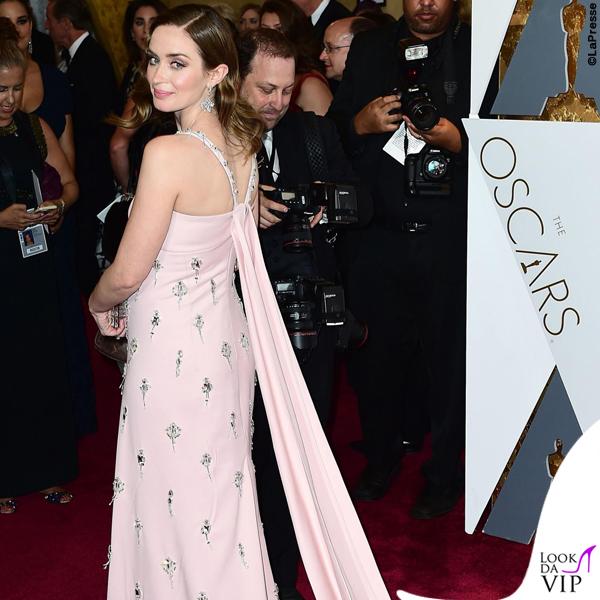 Oscar 2016 Emily Blunt abito Prada 4