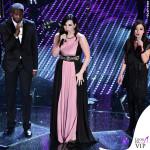 Sanremo-2016-prima-serata-Laura-Pausini-abito-Stefano-De-Lellis 4