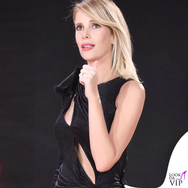 Alessia Marcuzzi Isola dei Famosi prima puntata abito Versace 12