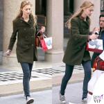 Beatrice Borromeo cappotto verde scarpe Converse All Star 7