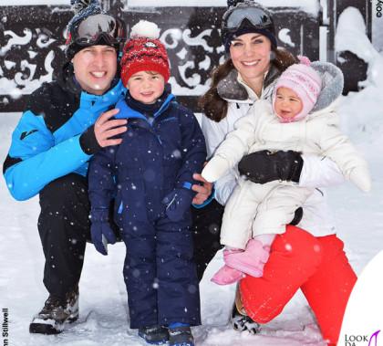 Duchessa Kate Middleton, principessa Charlotte, principe George, duca William sulla neve