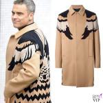 Robbie Williams cappotto Valentino 2