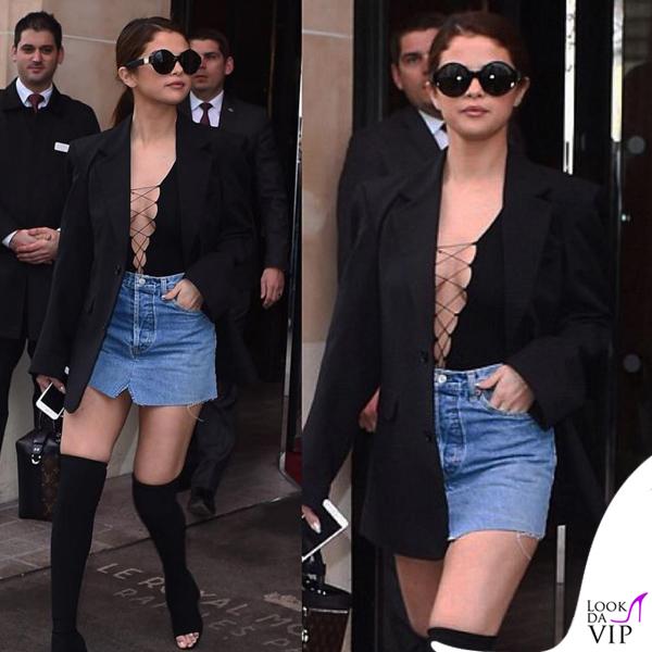 Selena Gomez top Alexander Wang skirt Vetements stivali Givenchy 2