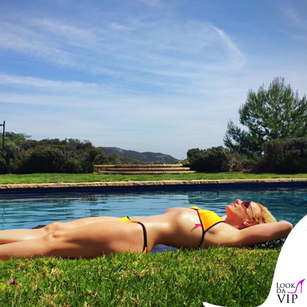 Britney Spears bikini Victoria's Secret 2