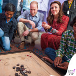Kate Middleton India abito Glamorous ballerine Russell and Bromley orecchini Accessorize 2