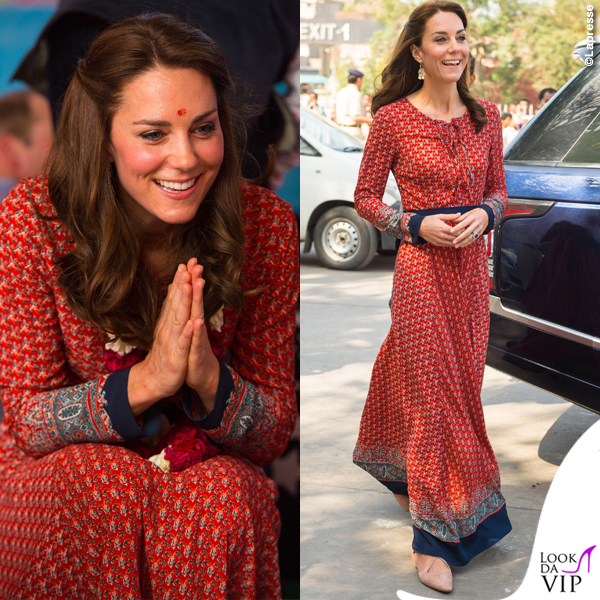 Kate Middleton India abito Glamorous ballerine Russell and Bromley orecchini Accessorize 4