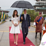 Kate Middleton India settimo giorno top gonna Alexander McQueen pump e clutch LK Bennett orecchini Kiki McDonough