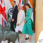 Kate Middleton India terzo giorno abito Temperley London scarpe clutch LK Bennett orecchini Kiki McDonough
