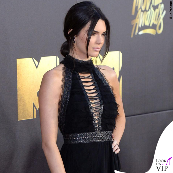 Kendall Jenner Mtv Movie Awards abito Kristian Aadnevik sandali Dsquared2 9